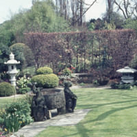 Japanese Lanterns, Mother&#039;s Tomb and Griffin Trough - YGA00475<br /><br />