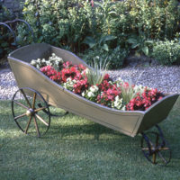 Wheeled Jardiniere - YGA01707